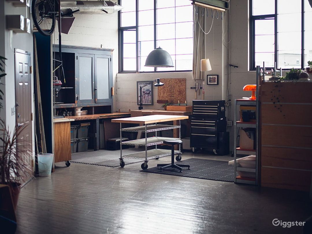 RAD-Creative Studio Photo 1