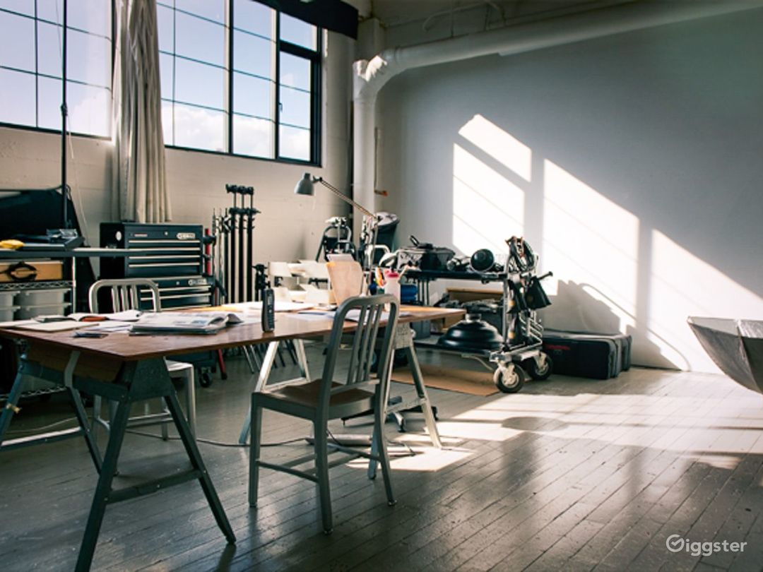 RAD-Creative Studio Photo 3