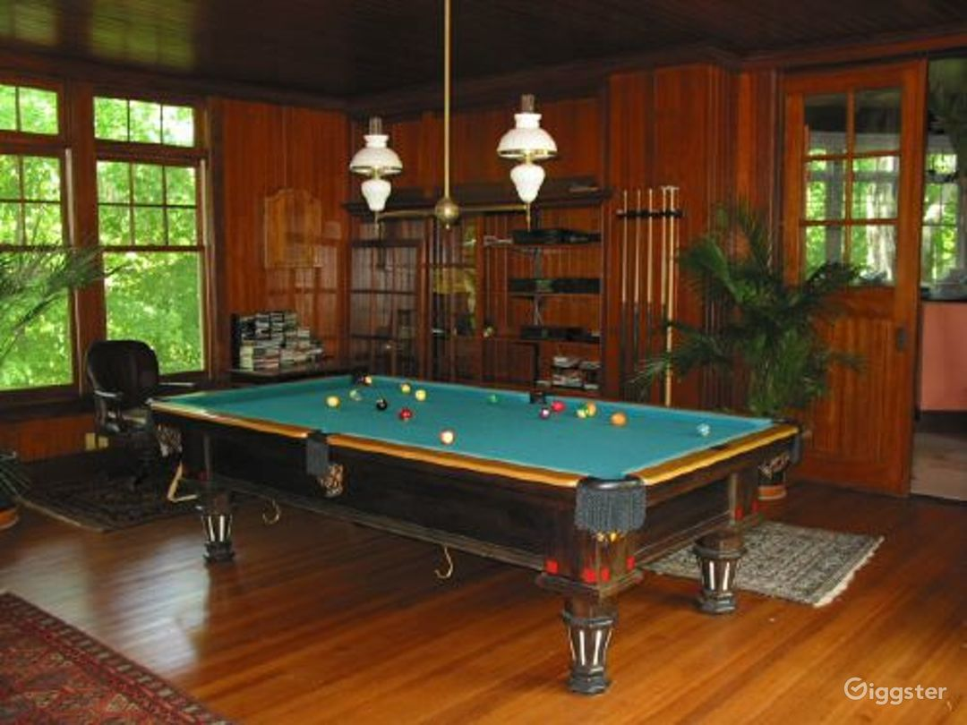 Traditional rural home with patio: Location 3153 Photo 1
