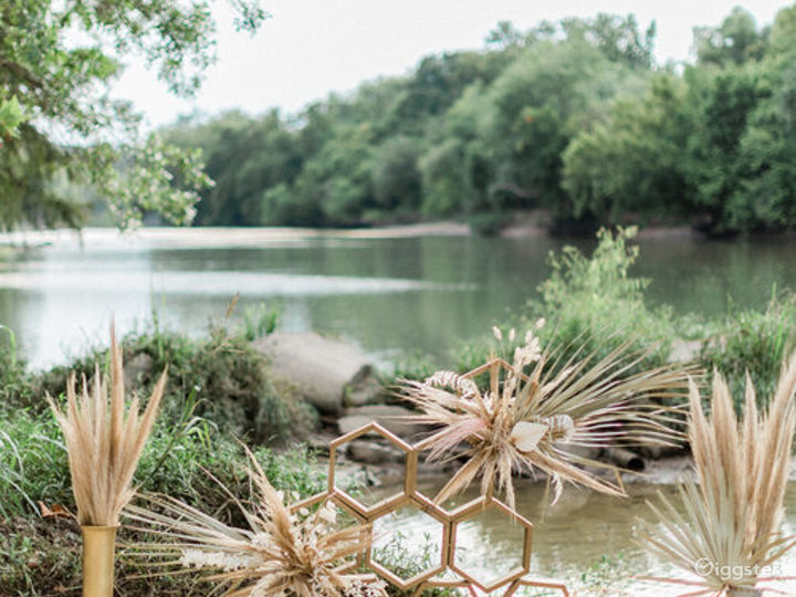 River Portraits and Beyond with Texas Hill Country backdrops Photo 2