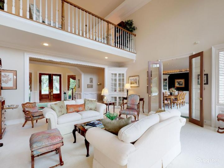 Gorgeous Waterfront Home in Savannah Area Photo 2