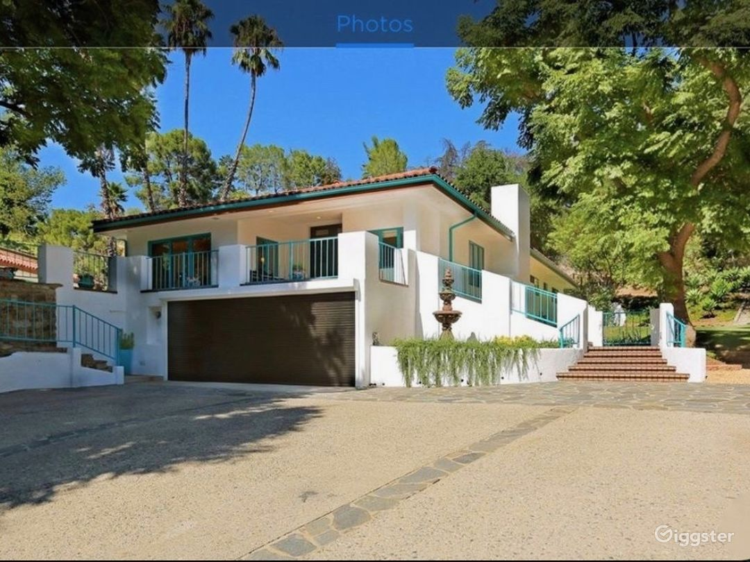 Spanish hacienda with park-like outdoor space Photo 1