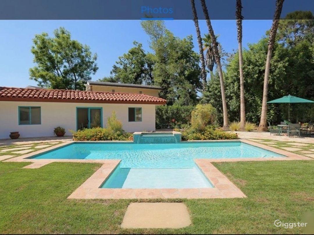 Spanish hacienda with park-like outdoor space Photo 2