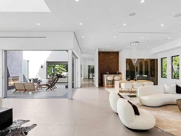 Modern spacious house for your event Photo 4