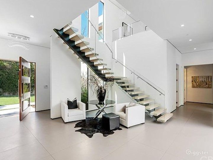 Modern spacious house for your event Photo 3