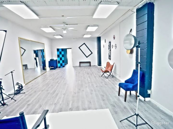 Creative, Cozy Studio in Glendale Photo 4