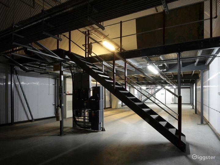 Large Mezzanine Space underneath the Waterloo station Photo 3
