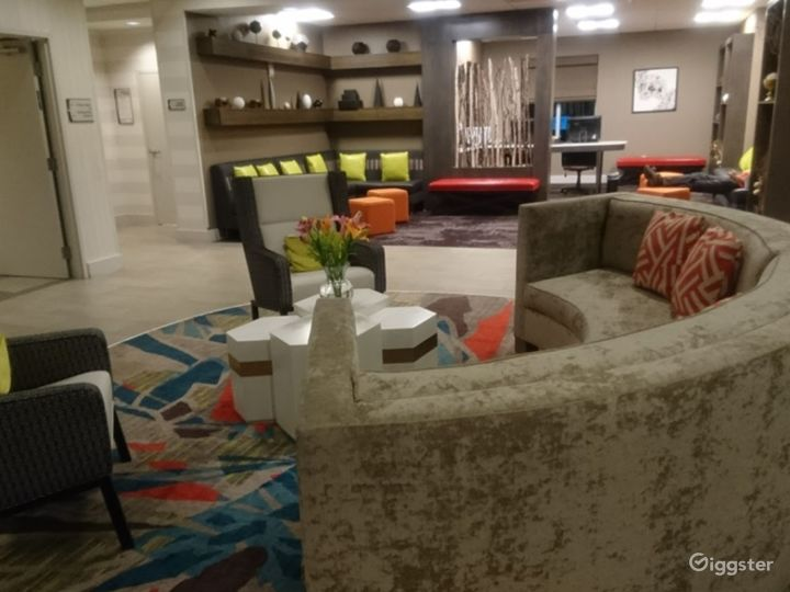 A Modern Lounge Situated in Miami Photo 3