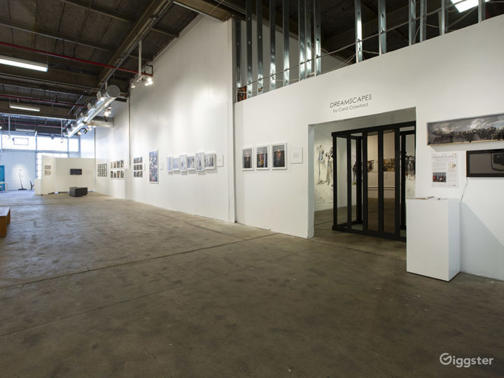 Gallery 1 - looking into the side gallery