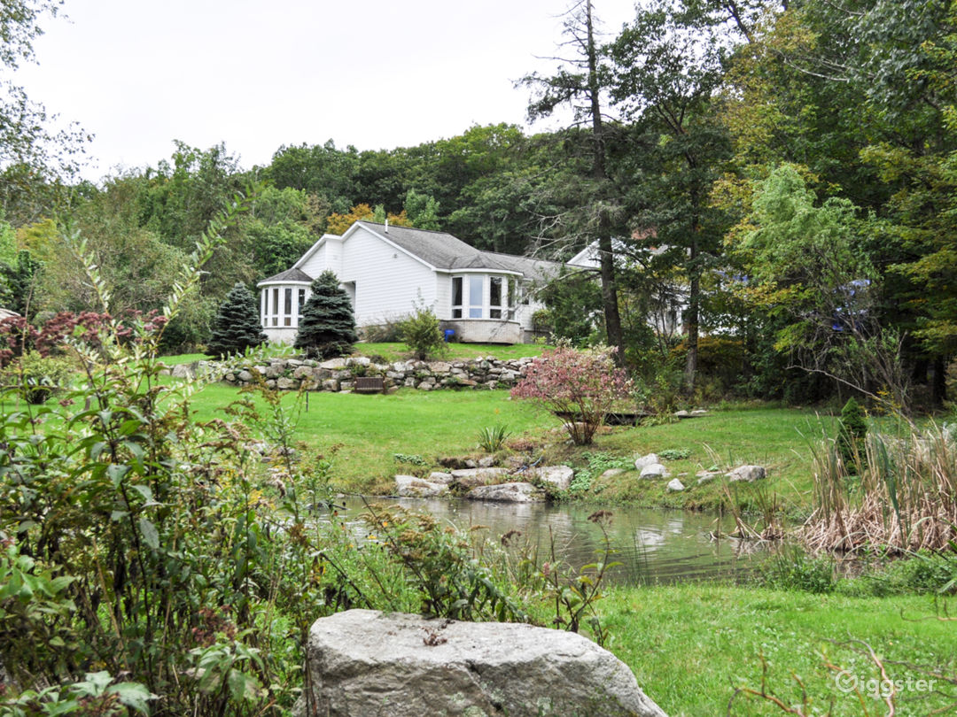 Enchanting Catskill Colonial Home On 14 Acres Photo 1