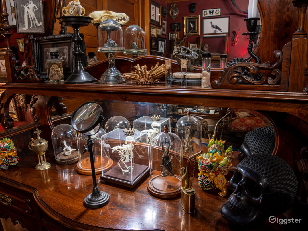 Mysterious Victorian / Craftsman with Basement Photo 5
