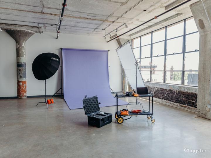 Natural Light Studio Photo 5