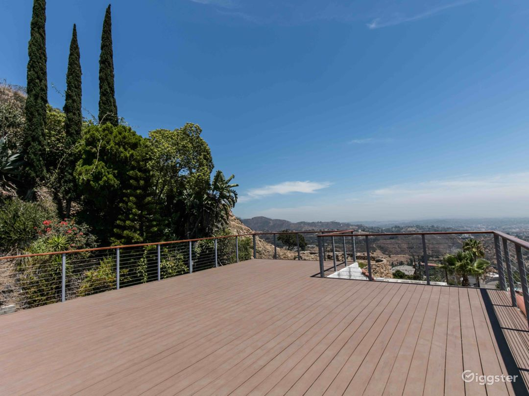 Left Angle of 750 Square foot deck towards greenery and Griffith Park