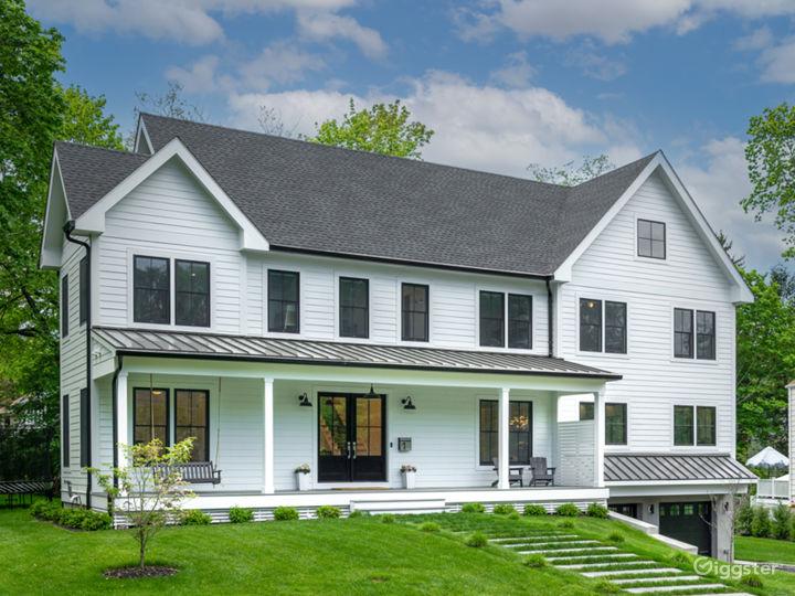 High end, bright & airy modern farmhouse near NYC Photo 2