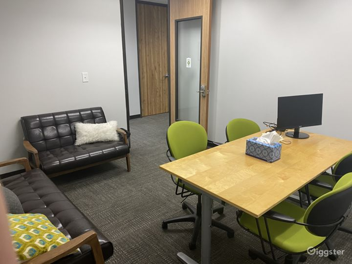 Macchiato-Newly Remodeled Office for 4 People