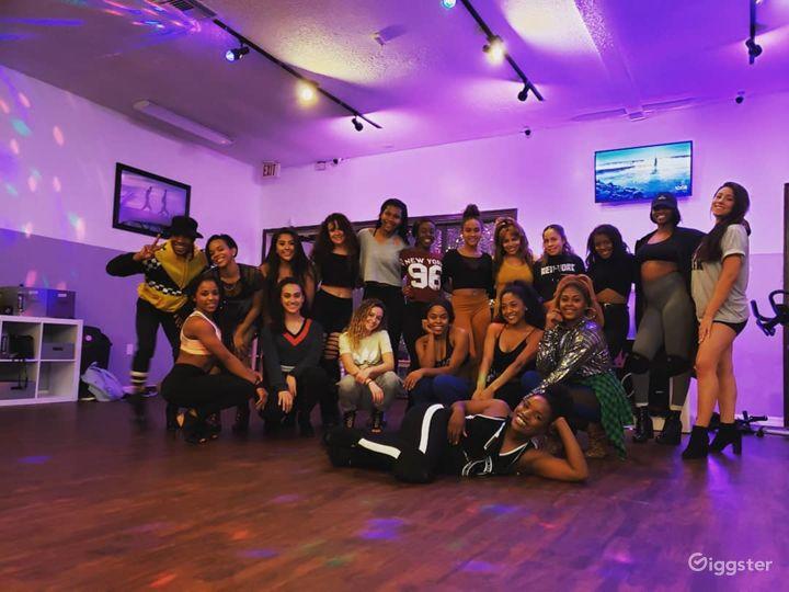 Vibrant Studio in Orlando Photo 3