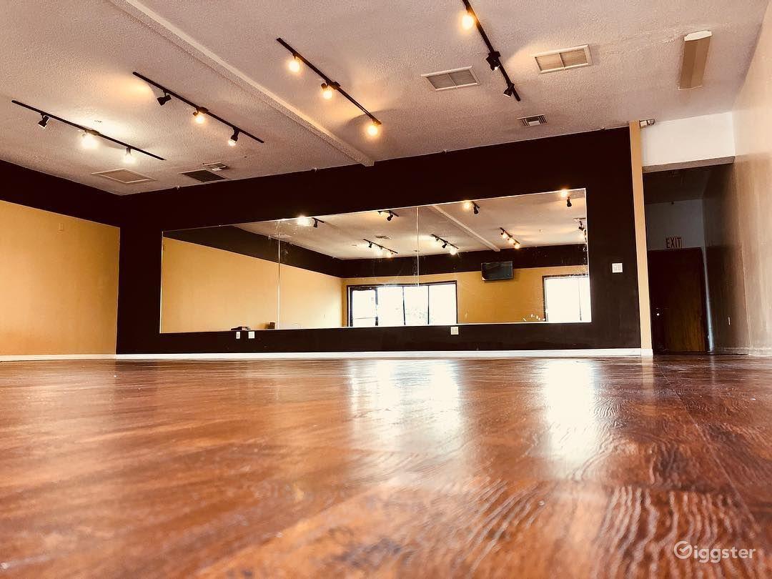 Vibrant Studio in Orlando Photo 1