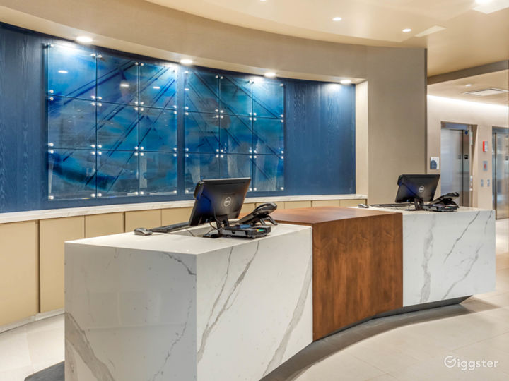 Modern Upscale downtown location in Milwaukee Photo 2