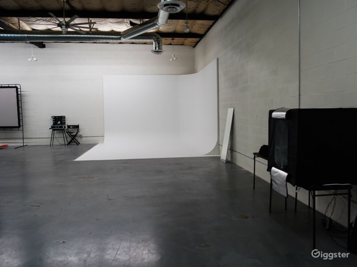 Ample space to set up for all types of shoots.