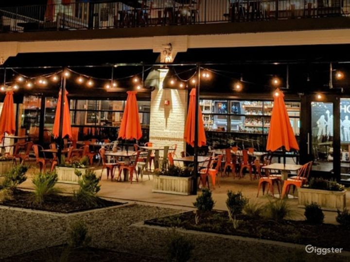 Warm and Inviting Restaurant on Alpharetta Photo 3