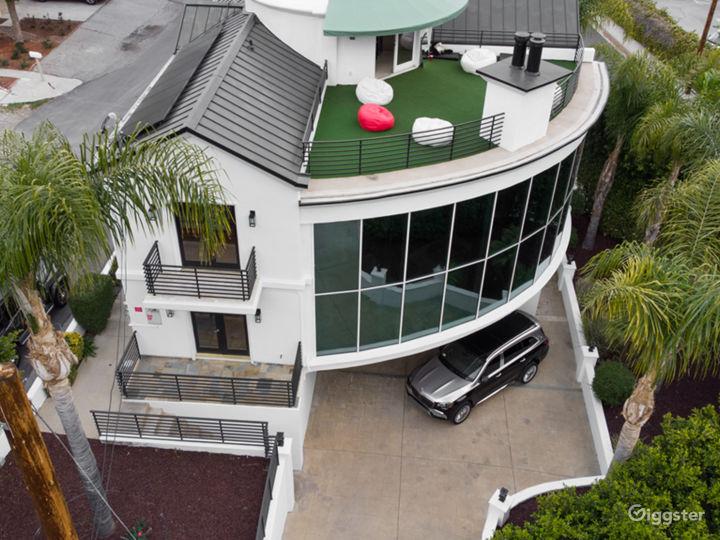 Urus Estate Photo 5