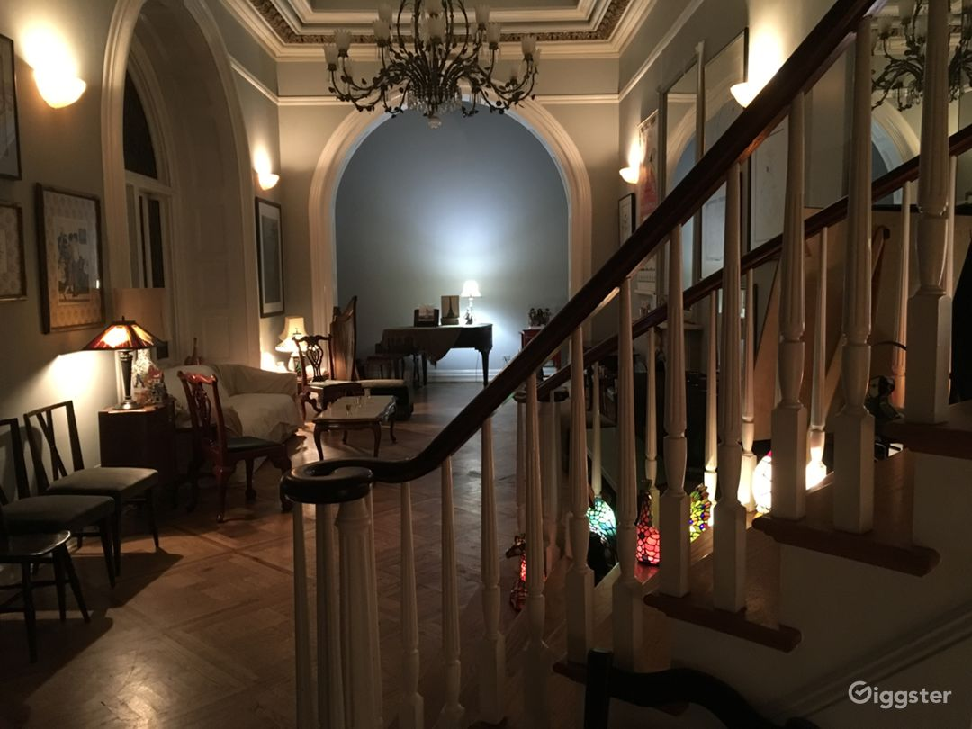Mansion/Museum in the Heart of Greenwich Village  Photo 3