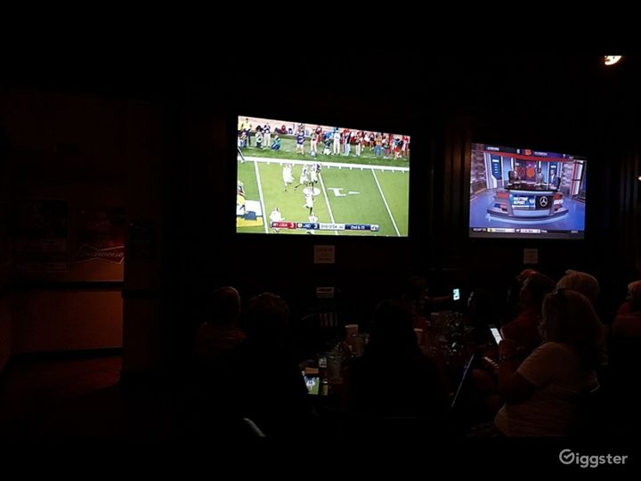 Premier Sports Bar and Grill in Marietta GA Partial BUYOUT Photo 4