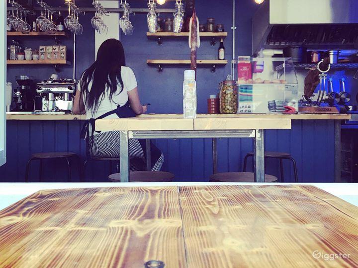Stylish Restaurant in London Photo 5