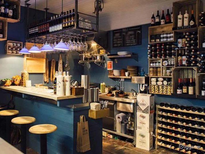 Stylish Restaurant in London Photo 2