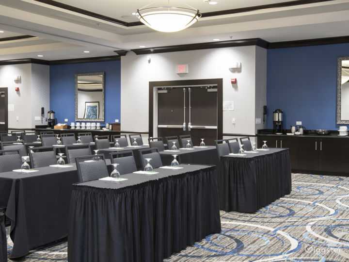 Wonderful Ballroom for your Meetings Photo 2