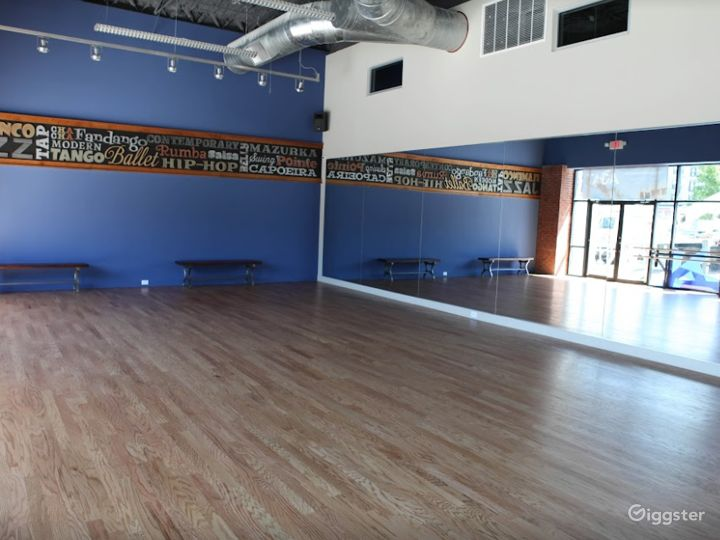 Dance Studio 1 with Hardwood Floor Photo 4