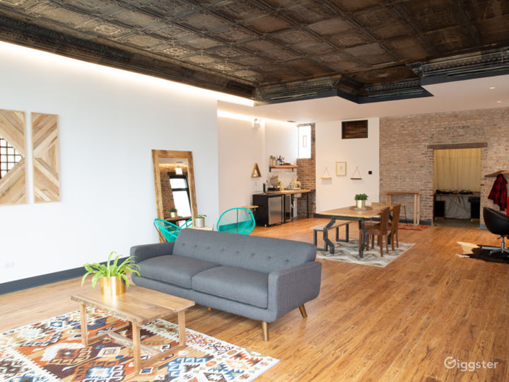 Hosts a design showroom with Chicago made furniture
