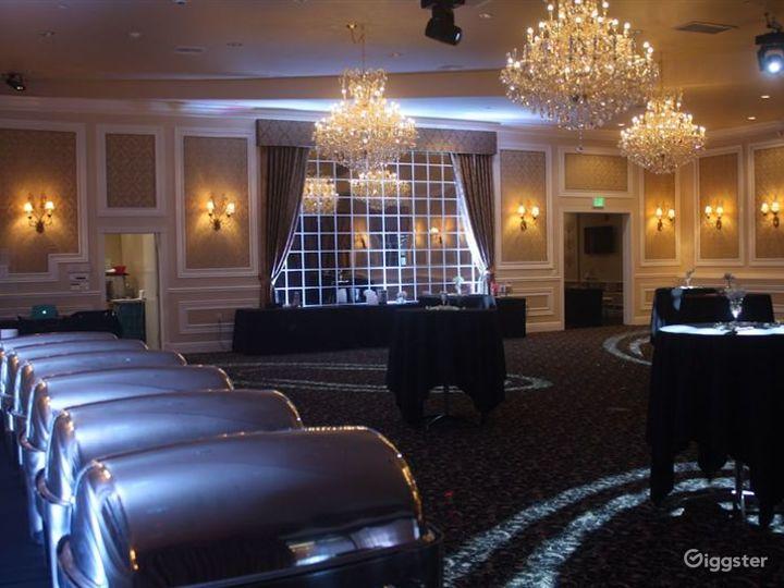 Amazing Ballroom for Events  Photo 3