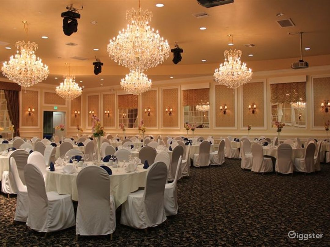 Amazing Ballroom for Events  Photo 1