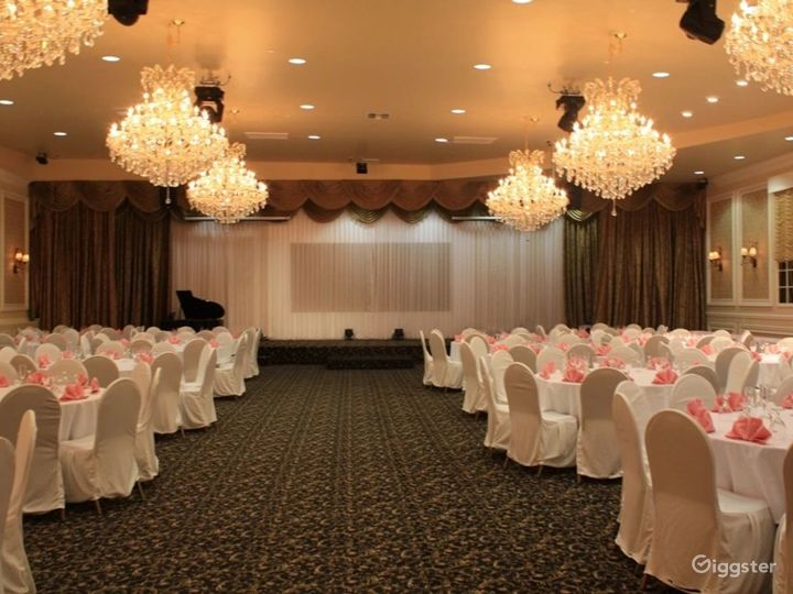 Amazing Ballroom for Events  Photo 4