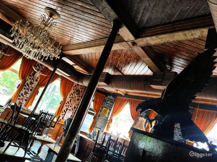 Classic London Lounge Bar Photo 4