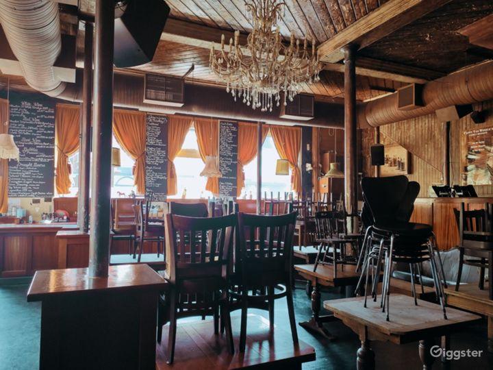 Classic London Lounge Bar Photo 5