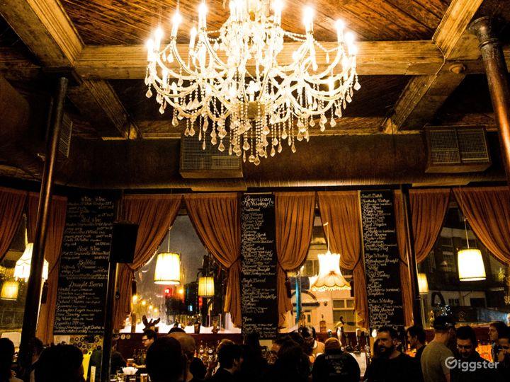 Classic London Lounge Bar Photo 2