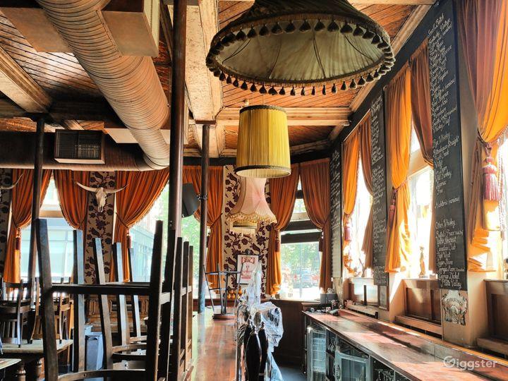 Classic London Lounge Bar Photo 3