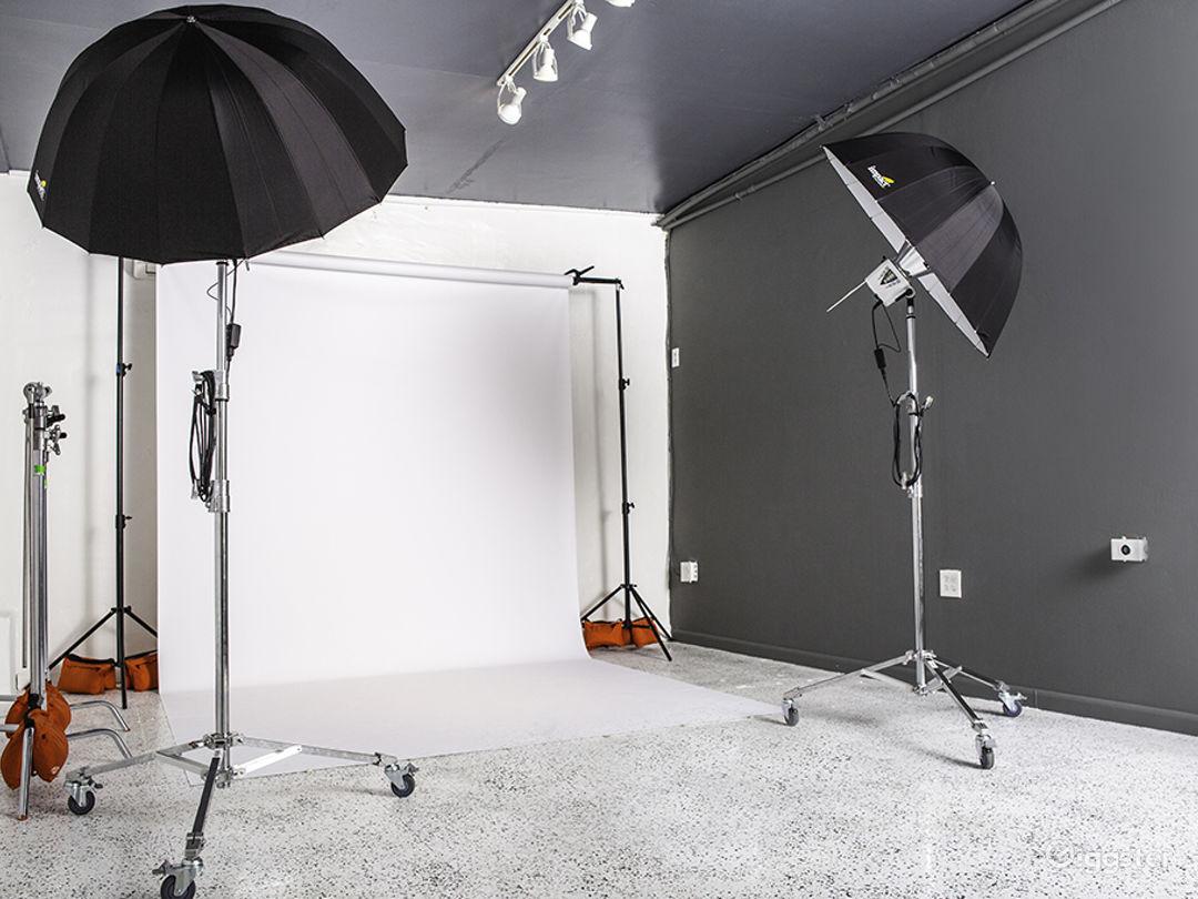 Creative Photo/Video Studio (Studio C) Photo 1