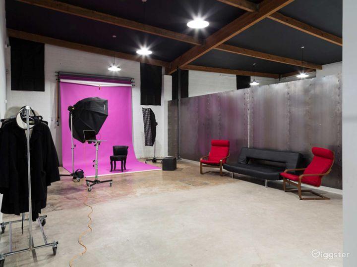 Contemporary Studio in Phoenix Photo 4