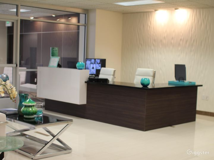 Tidy Office in Riverside on 4th Floor Photo 3