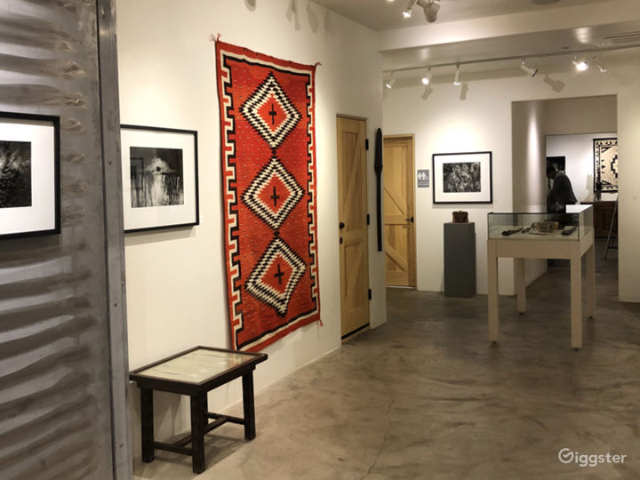 Remodeled Spacious and Elegant Gallery Space Photo 3