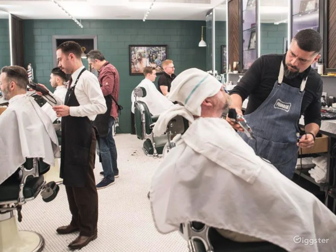 Beautiful art-deco salon / barbershop  Photo 1