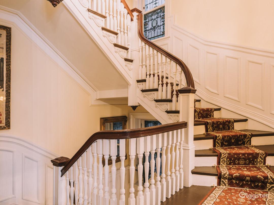 Manhattan Mansion Photo 4