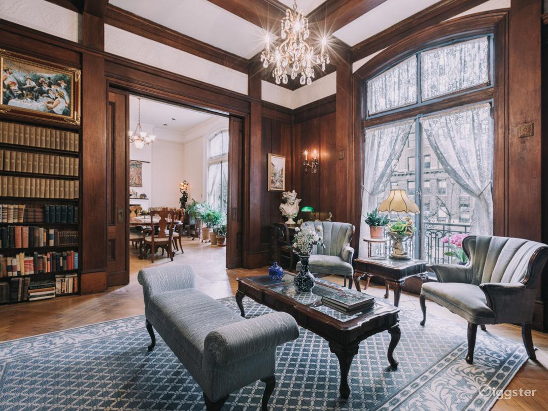 Manhattan Mansion Photo 3