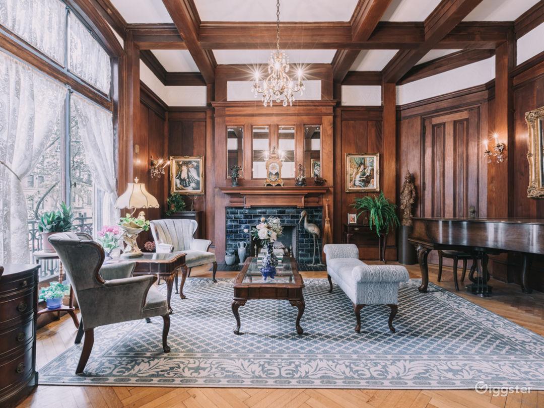 Manhattan Mansion Photo 1