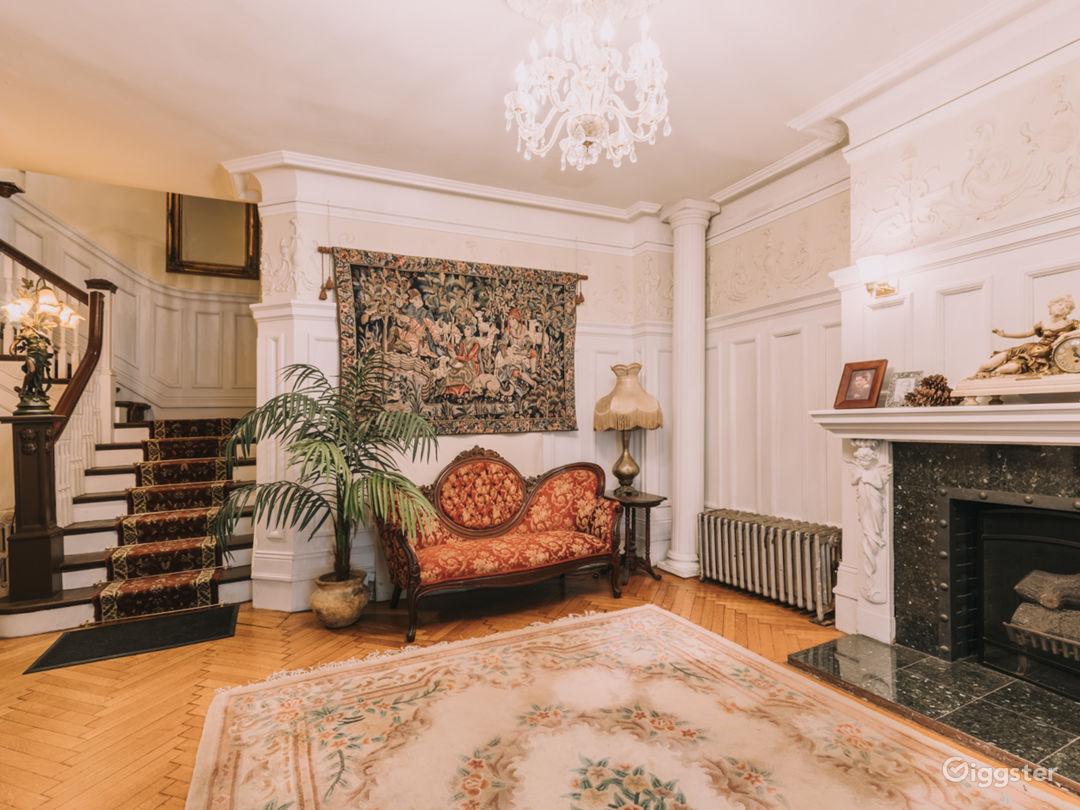 Manhattan Mansion Photo 2