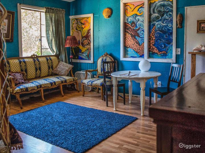 Mermaid Suite: local artist painted walls!