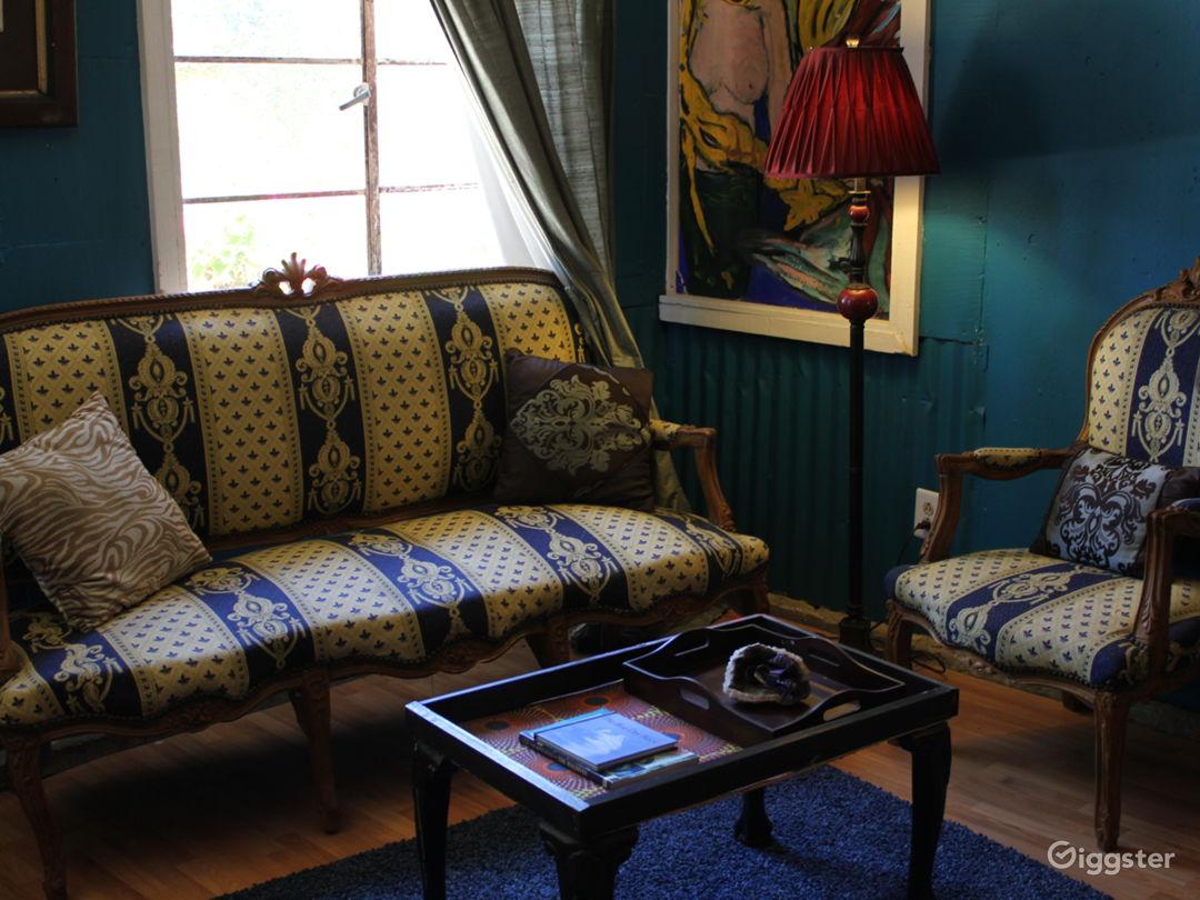 Open plan living room/bedroom